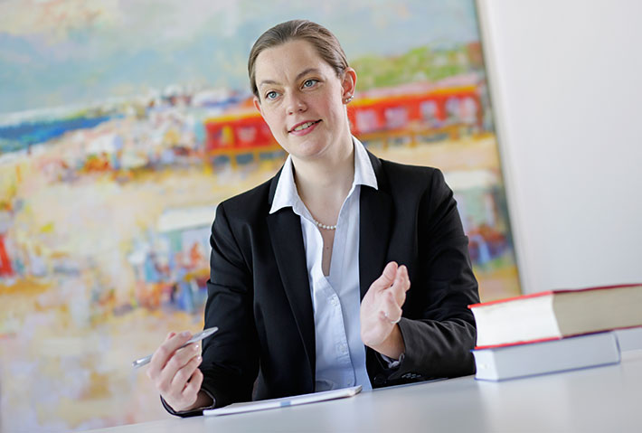 Marie-Christine Niedermeier Rechtsanwältin Diplom-Pädagogin Kinder- und Jugendhilfe Behindertenhilfe